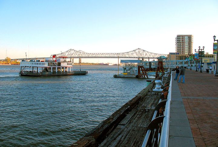 New-Orleans-to-Algiers-Ferry-Louisiana
